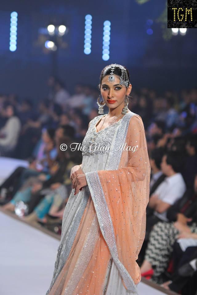 Zainab-Chottani-Bridal-Collection-at-Panteen-Bridal-Couture-week-2014 (4)