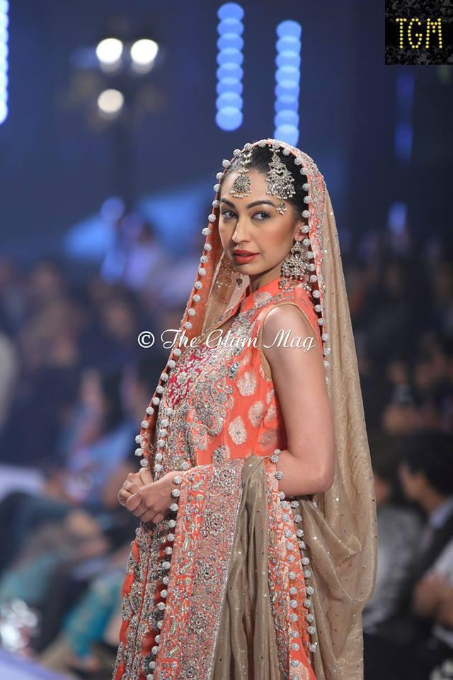 Zainab-Chottani-Bridal-Collection-at-Panteen-Bridal-Couture-week-2014 (6)