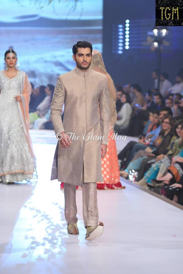 Zainab-Chottani-Bridal-Collection-at-Panteen-Bridal-Couture-week-2014 (7)
