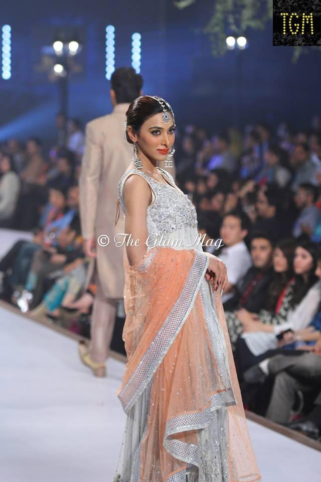 Zainab-Chottani-Bridal-Collection-at-Panteen-Bridal-Couture-week-2014 (8)