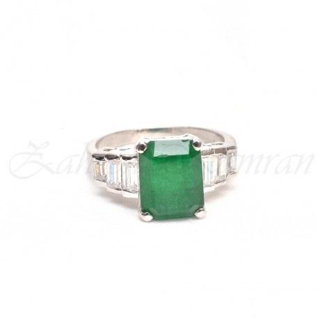 square motif engagement ring