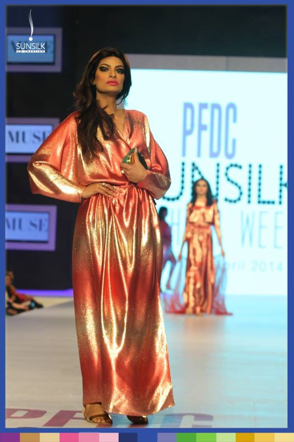 latest-2014-evening-wear-collection-Foil-Wrapped-Candy-by-Muse (7)