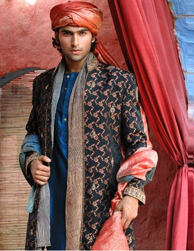 latest-Sherwani-2014-designs-by-Amir-Adnan-@stylesglamour-com (7)