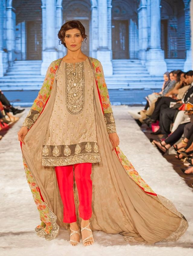 Gul-Ahmed-Eid-Collection-2016-2017-at-FPW-London (3)