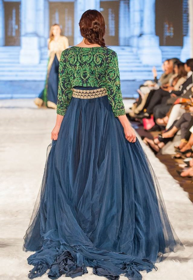 Gul-Ahmed-Eid-Collection-2016-2017-at-FPW-London (5)
