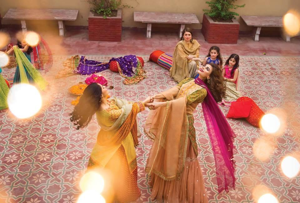 Kayseria-Eid-Dresses-Collection-2016-2017 (34)