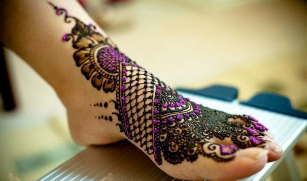 Latest-Bridal-Mehndi-Designs-2014 (23)