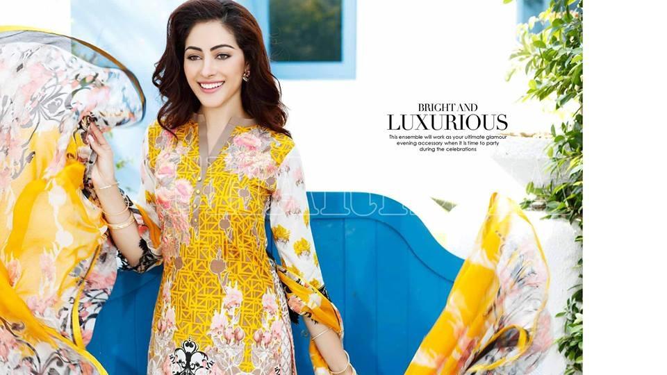Charizma-Eid-Dresses-2016-2017-Look-book (19)