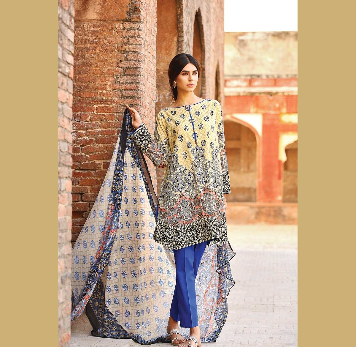 Warda-Eid-Dresses-2016-2017-Catalog (21)