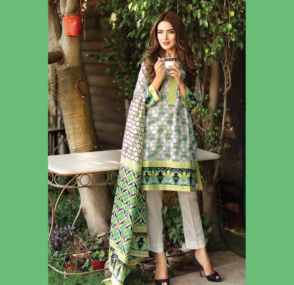Warda-Eid-Dresses-2016-2017-Catalog (25)