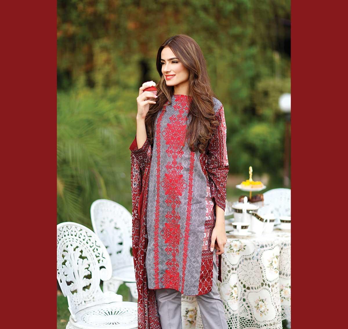 Warda-Eid-Dresses-2016-2017-Catalog (7)