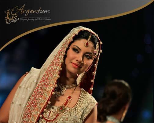 Argentum-Designer-Jewellery-Pantene-Bridal-Couture-Week (19)