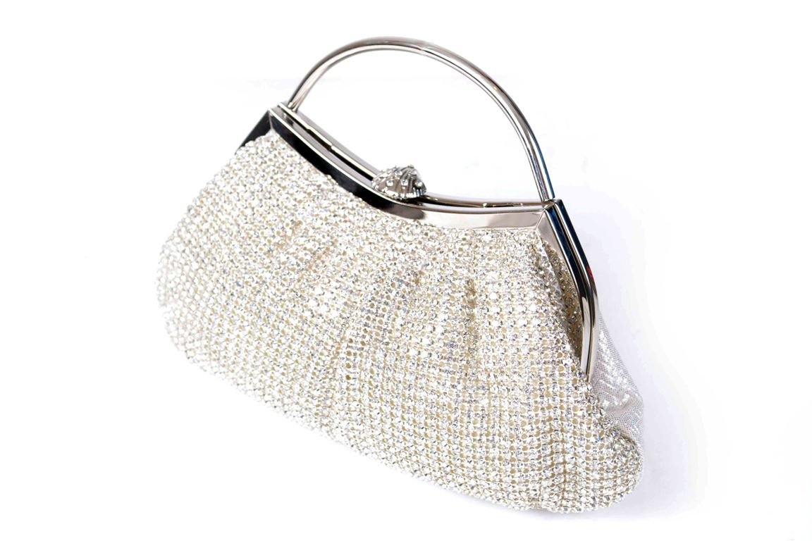 Bridal-Clutches-by-Metro (23)
