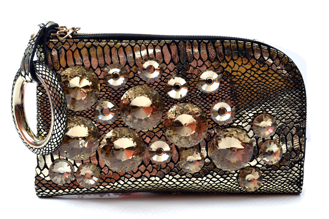 Bridal-Clutches-by-Metro (3)
