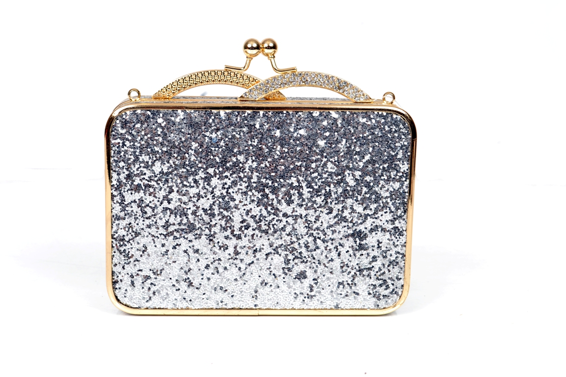 Bridal-Clutches-by-Metro (40)