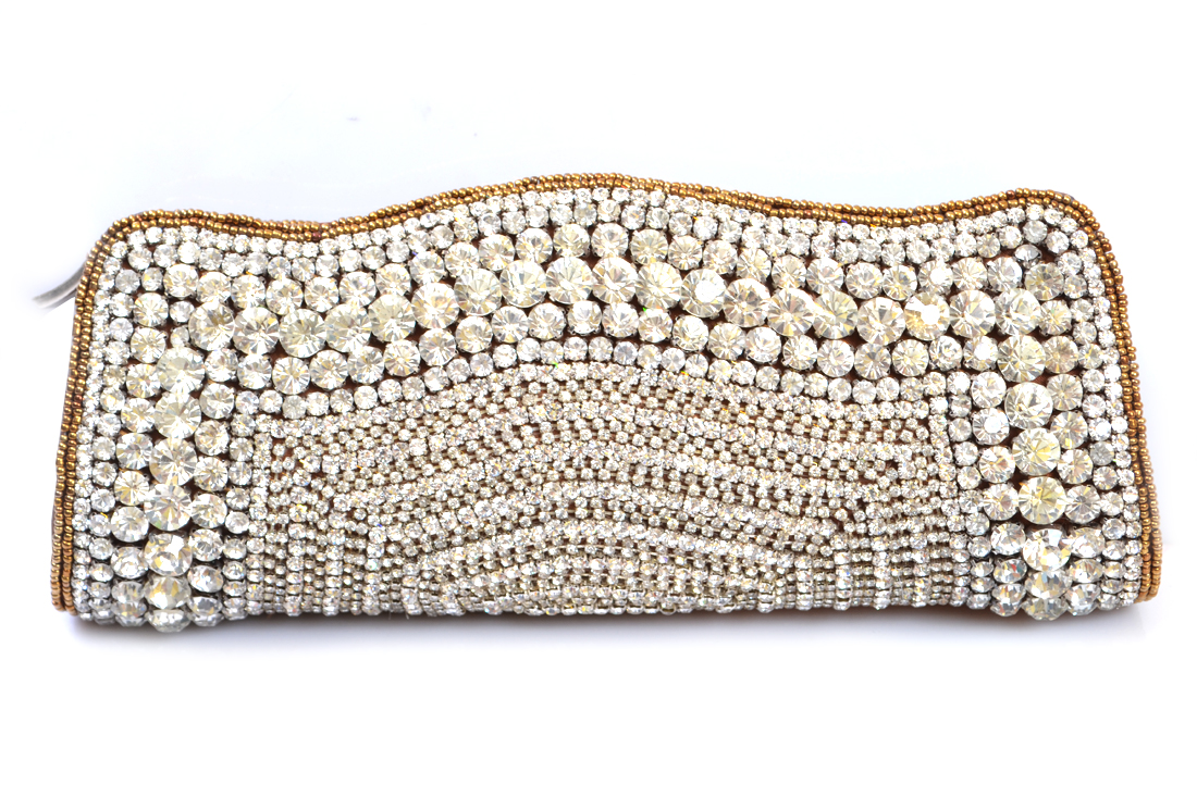 Bridal-Clutches-by-Metro (5)