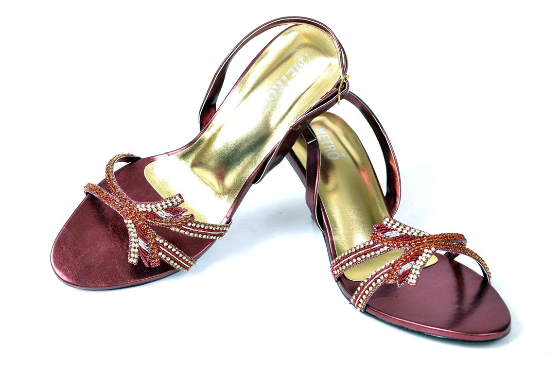 Bridal-shoes-by-metro (3)