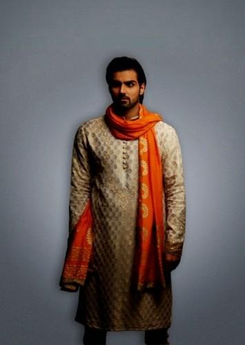 Deepak-Perwani-Mehndi-Dresses-for-Grooms (2)