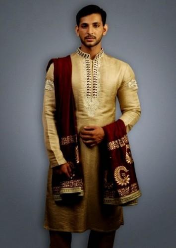 Deepak-Perwani-Mehndi-Dresses-for-Grooms (3)