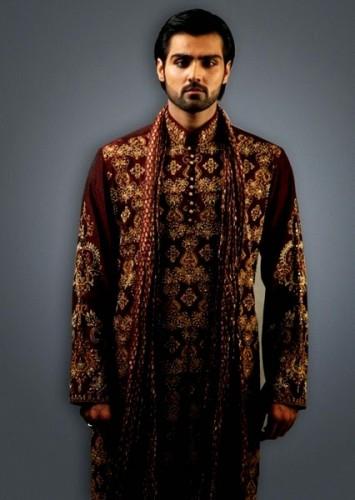 Deepak-Perwani-Mehndi-Dresses-for-Grooms (5)