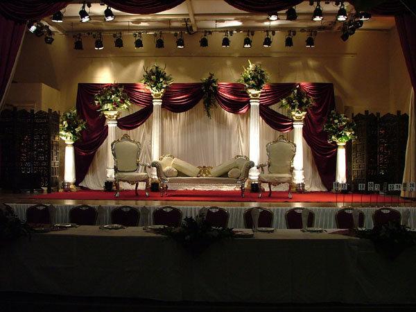 Engagement-Stage-Decoration-ideas (10)