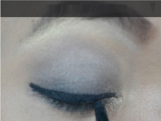 How-to-do-smokey-eye-make-up (5)
