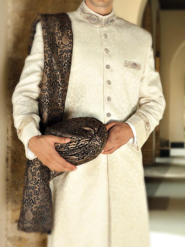 Junaid-Jamshed-Wedding-Sherwani-Collection (10)