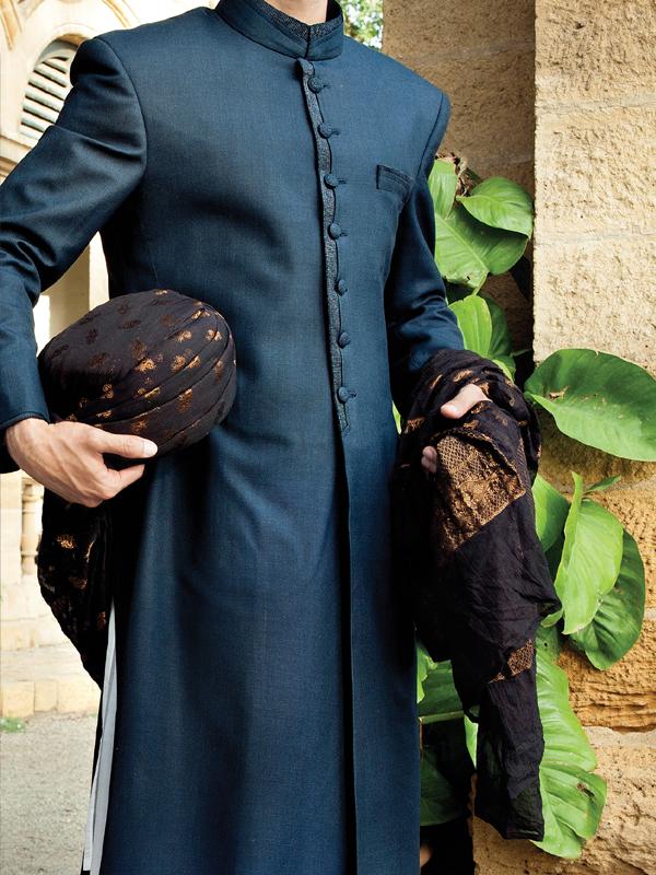 Junaid-Jamshed-Wedding-Sherwani-Collection (11)