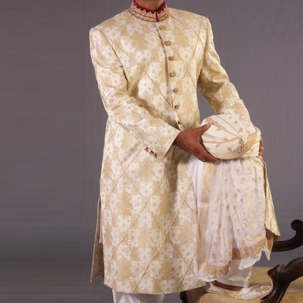 Junaid-Jamshed-Wedding-Sherwani-Collection (5)