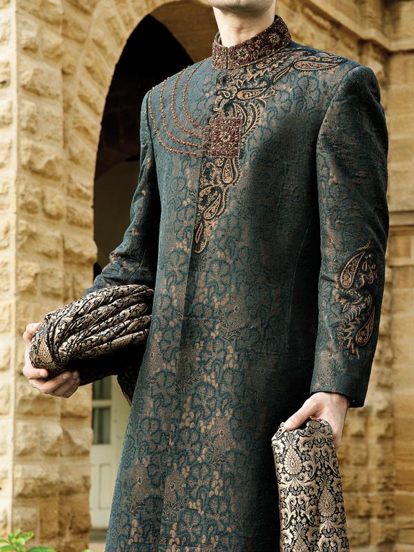 Junaid-Jamshed-Wedding-Sherwani-Collection (7)
