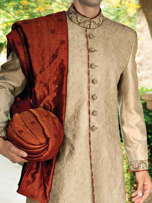 Junaid-Jamshed-Wedding-Sherwani-Collection (9)