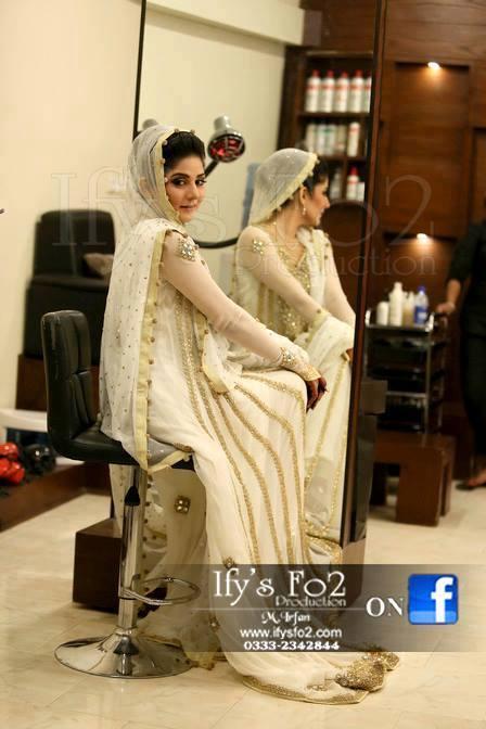 Latest-Bridal-Walima-Dresses (15)