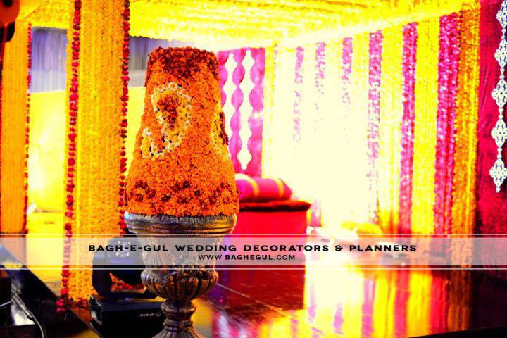 Mehndi-Function-Stage-Decoration-ideas (39)