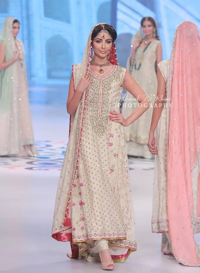 Nadia-Chhotani-Bridal-Jewellery-Pantene-Bridal-Couture-Week (7)