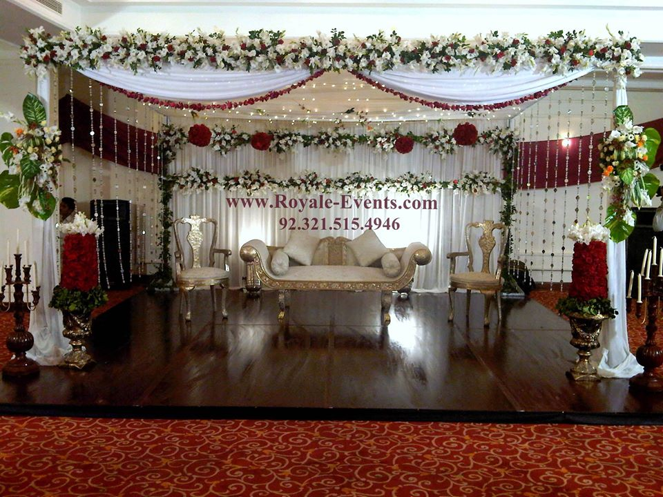 Stage-Decoration-ideas-for-Walima-Functions (10)
