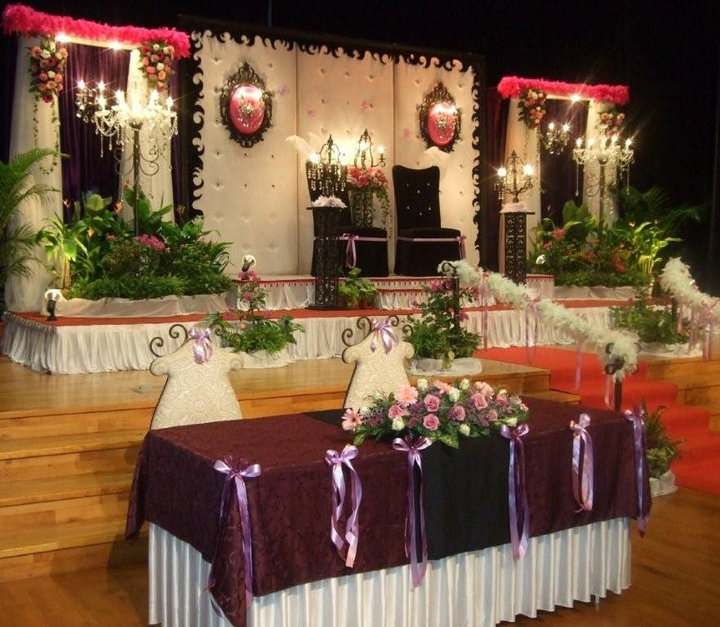 Stage-Decoration-ideas-for-Walima-Functions (2)