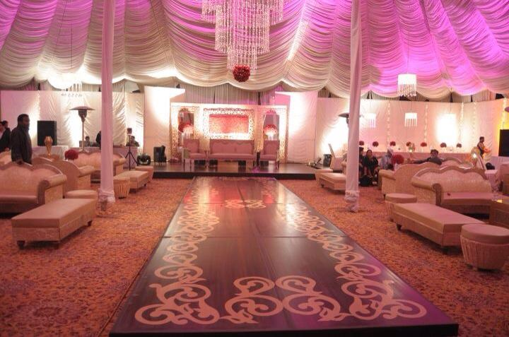 Stage-Decoration-ideas-for-Walima-Functions (3)