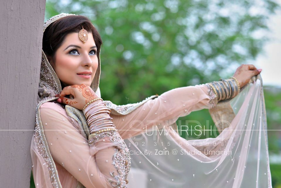 Walima-Dresses-for-Brides (10)