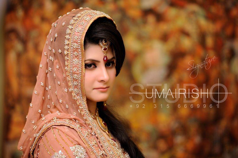 Walima-Dresses-for-Brides (9)