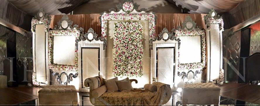 Walima-Stage-Decoration-ideas (4)
