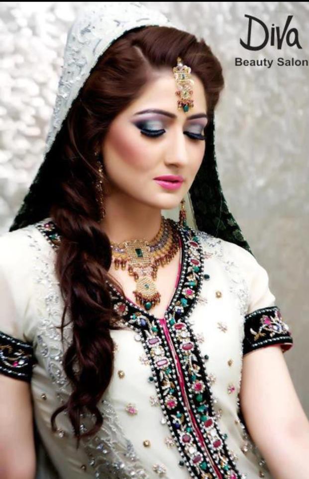 Wedding-Bridal-Hairstyles (1)