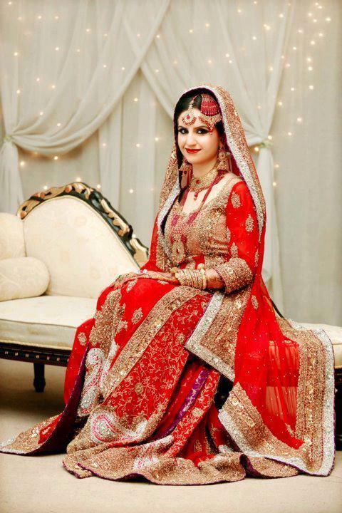 Best-Red-Bridal-Lehenga-Designs (17) - StylesGlamour.com
