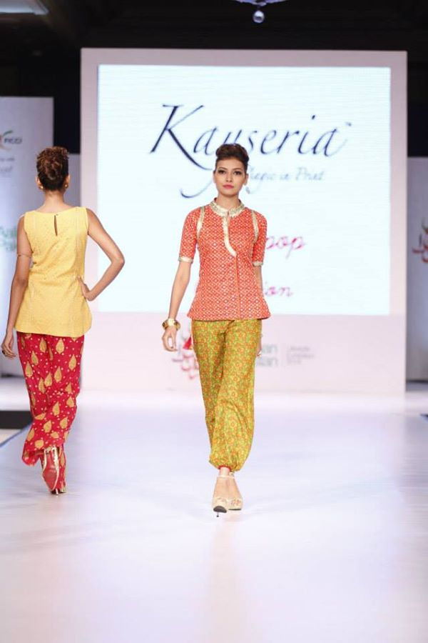 Kayseria-Delhi-Pop-Party-Wear-Collection-at-Taj-Palace-Hotel (10)