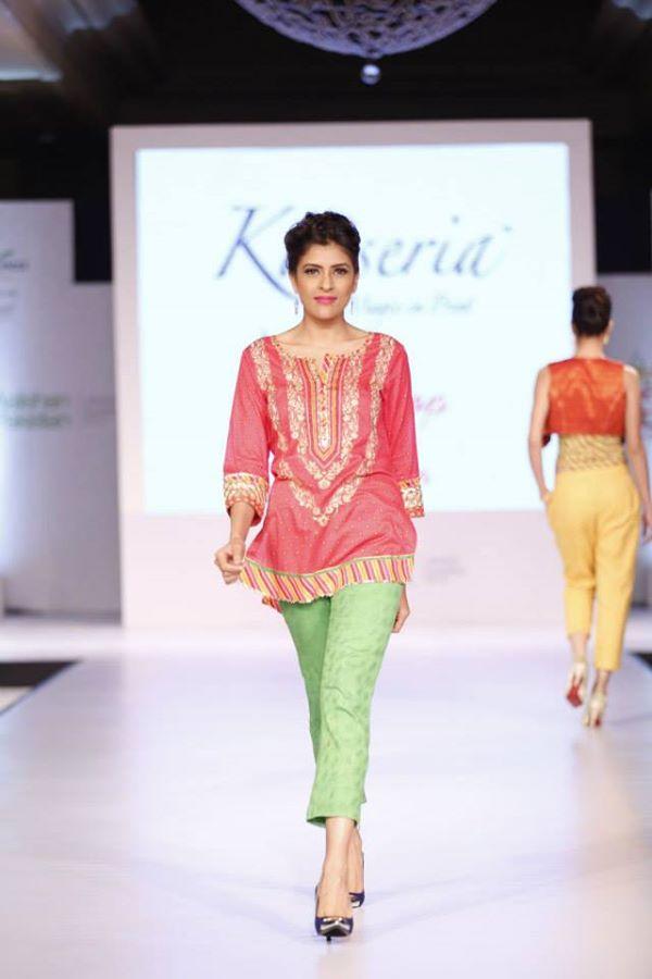 Kayseria-Delhi-Pop-Party-Wear-Collection-at-Taj-Palace-Hotel (29)