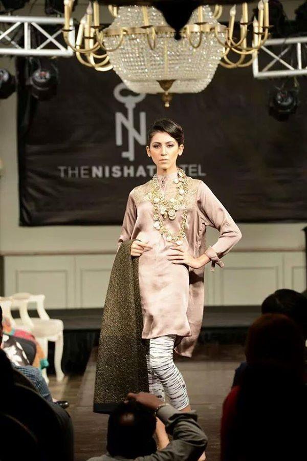 Nishat-Linen-Fashion-Show-at-Nishat-Hotel (14)