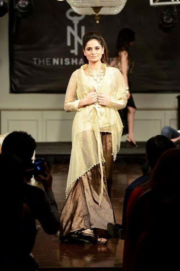 Nishat-Linen-Fashion-Show-at-Nishat-Hotel (22)