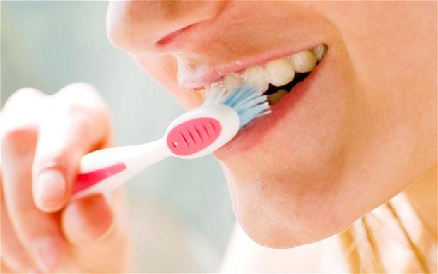 Teeth-Whitening-Tips (8)