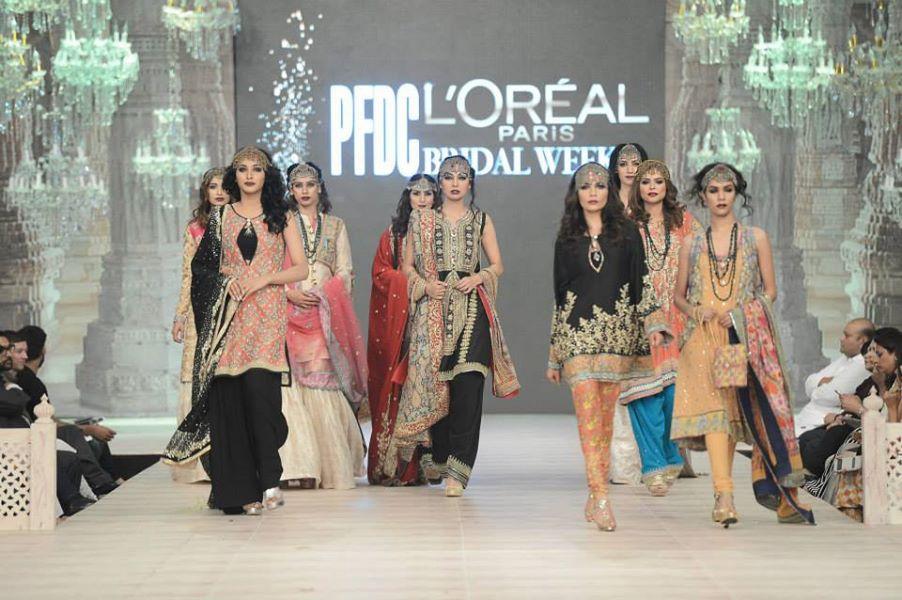 Zara-Shahjahan-Collection-at-pfdc-L'Oreal-Paris-Bridal-Couture-Week (1)