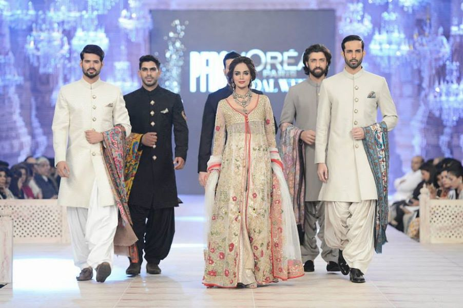 Zara-Shahjahan-Collection-at-pfdc-L'Oreal-Paris-Bridal-Couture-Week (14)
