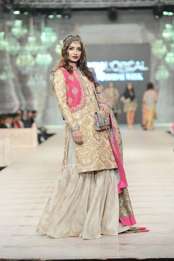 Zara-Shahjahan-Collection-at-pfdc-L'Oreal-Paris-Bridal-Couture-Week (2)